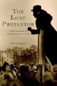 Paisley_Lone-Protestor